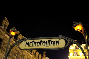 Metropolitain by Night